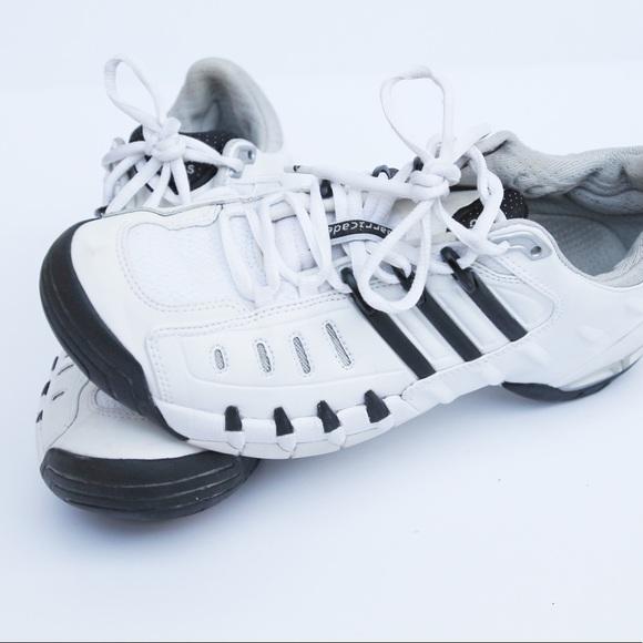 le adidas addidas femminili di atletica poshmark